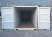 40ft shipping container doors open